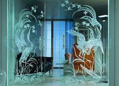 Гравировка на стекле и зеркале